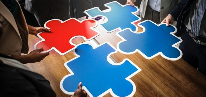 How SEO And Sales Team Can Bring Together A Great Height Of Success_Featured