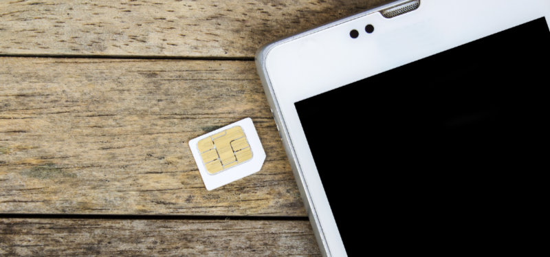 4-Easy-Steps-To-Take-Before-Submitting-Your-Phone-For-Repair_Sim-Card
